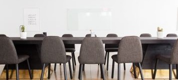 Use of office space and a meeting room accommodating up to ten persons